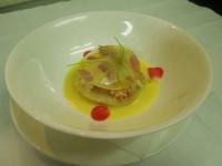 ベルローズのラザネッテ ウニとホタテとタラバガニ サフラン風味のクリームソース